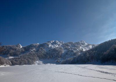 Lago Santo ghiacciato - Parco dei Cento Laghi
