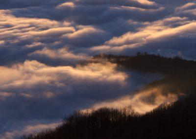 valli-lunigiane-nella-nebbia