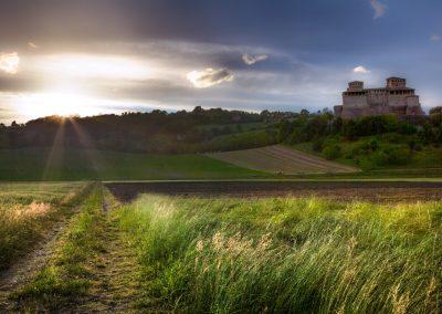 Luci radenti sulla collina - Torrechiara